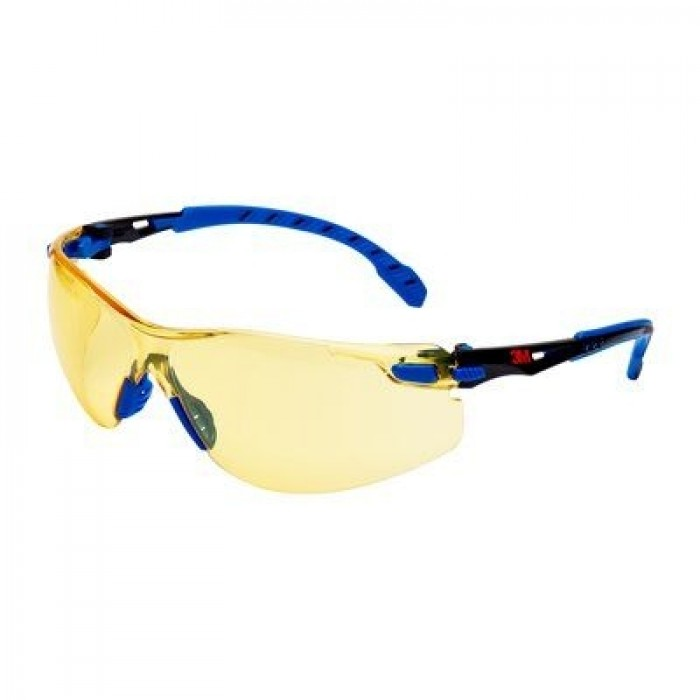 3M™ Solus™ 1000 Series Safety Spectacles, Anti-Scratch / Anti-Fog, Amber Lens, S1103SGAF-EU